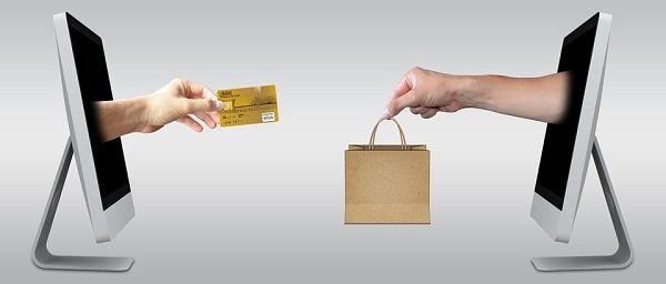 Особенности покупок кредитной картой, использование кредитки в интернете